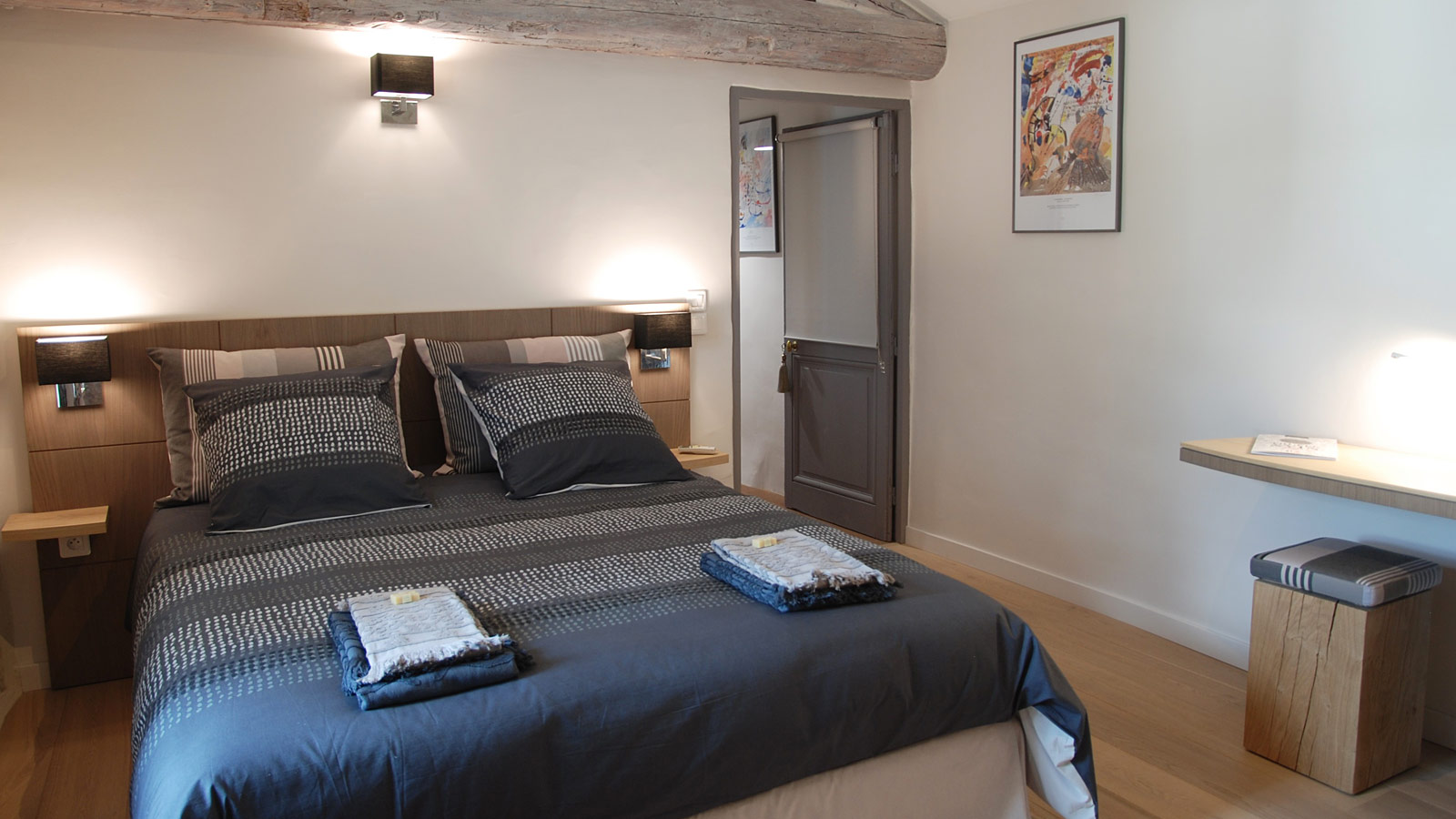 guest room luberon